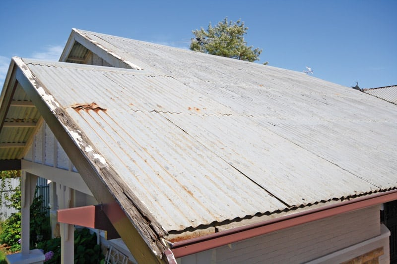 Rusty tin roof_IMG_1153_1