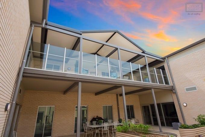Stratco Cooldek insulated roofing for pergolas, verandahs |